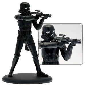 Elite Shadow Trooper staty