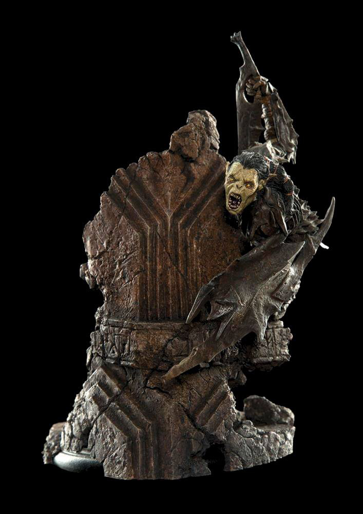 Moria Orc Lord of the Rings Staty