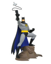 Batman with Grappling Gun The Animated Series DC TV Gallery PVC Staty