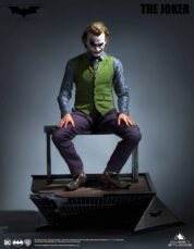 Heath Ledger Joker Special Edition The Dark Knight Staty